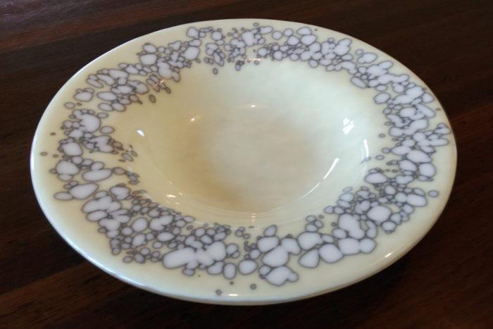 warm-glass-circles-bowl
